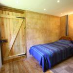 Downstairs single bedroom